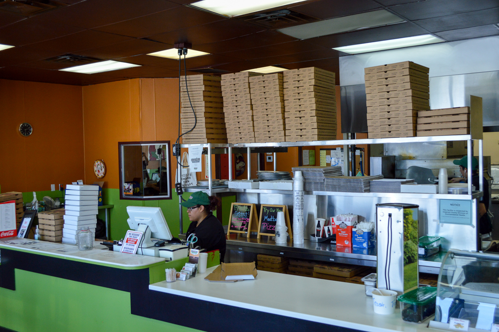 mozzarellis-pizza-gelato-good-eats-el-centro-california-mike-puckett-sw-29-of-29